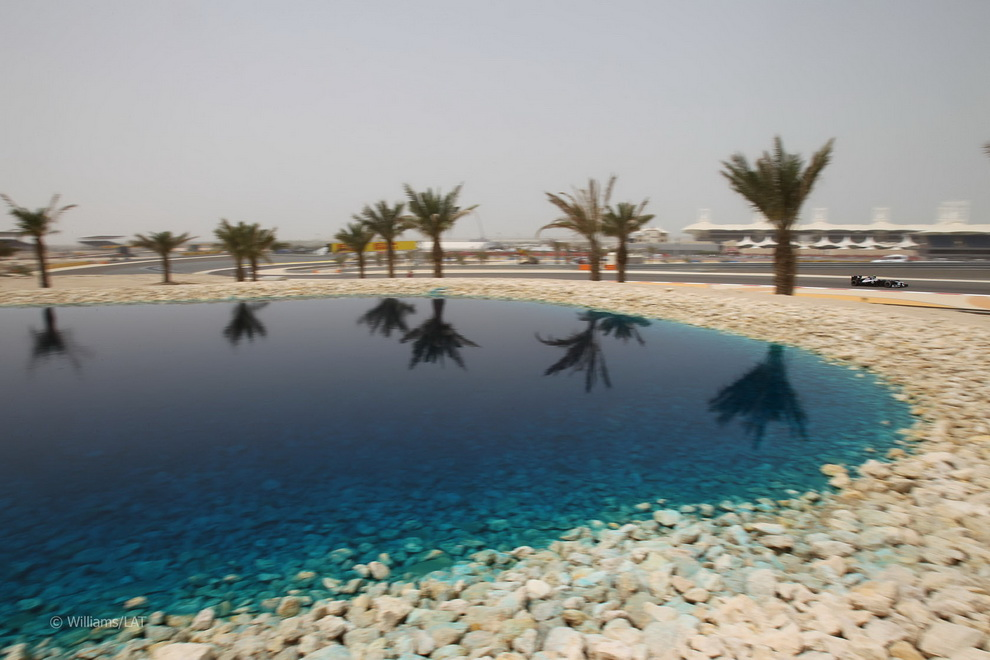 2935 За кадром Гран При Бахрейна 2012