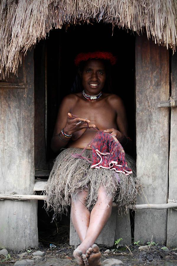 3163 Племя Дани из Западной Папуа