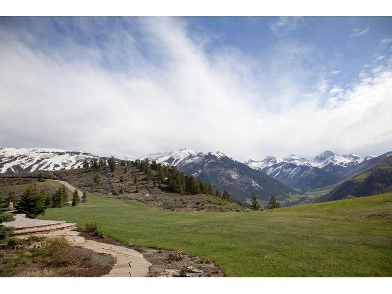 3202 Особняк в горах