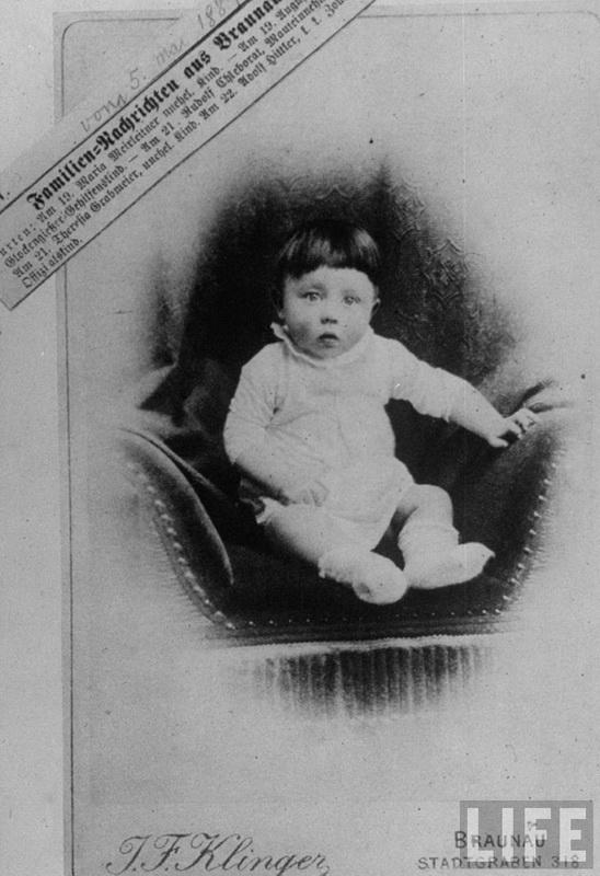 347 Жизнь Адольфа Гитлера в фотографиях