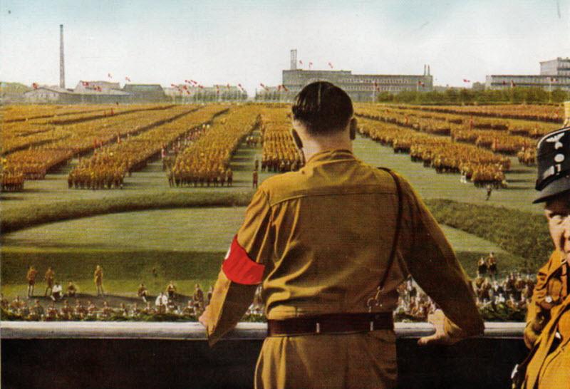 348 Жизнь Адольфа Гитлера в фотографиях