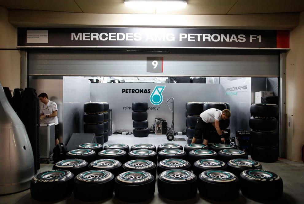 3622 За кадром Гран При Бахрейна 2012