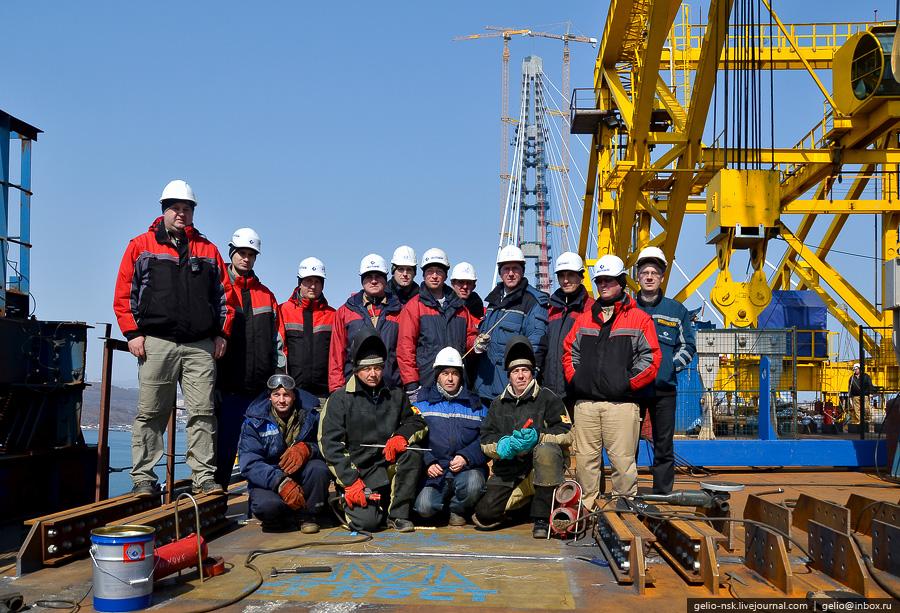 3720 Мост на остров Русский во Владивостоке (Апрель 2012)