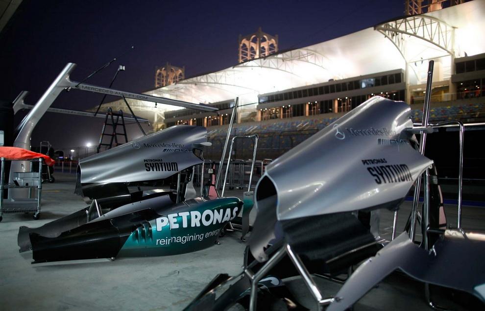 3722 За кадром Гран При Бахрейна 2012