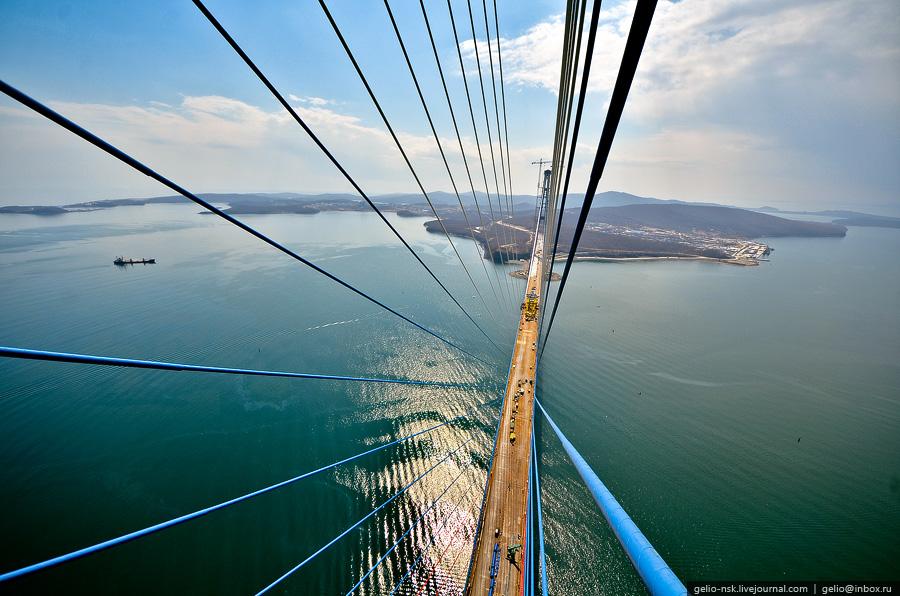 3919 Мост на остров Русский во Владивостоке (Апрель 2012)