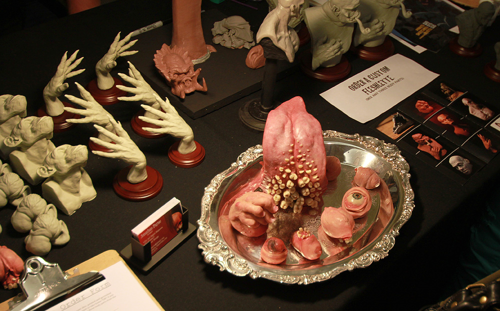4011 Бал монстров   Выставка Monsterpalooza