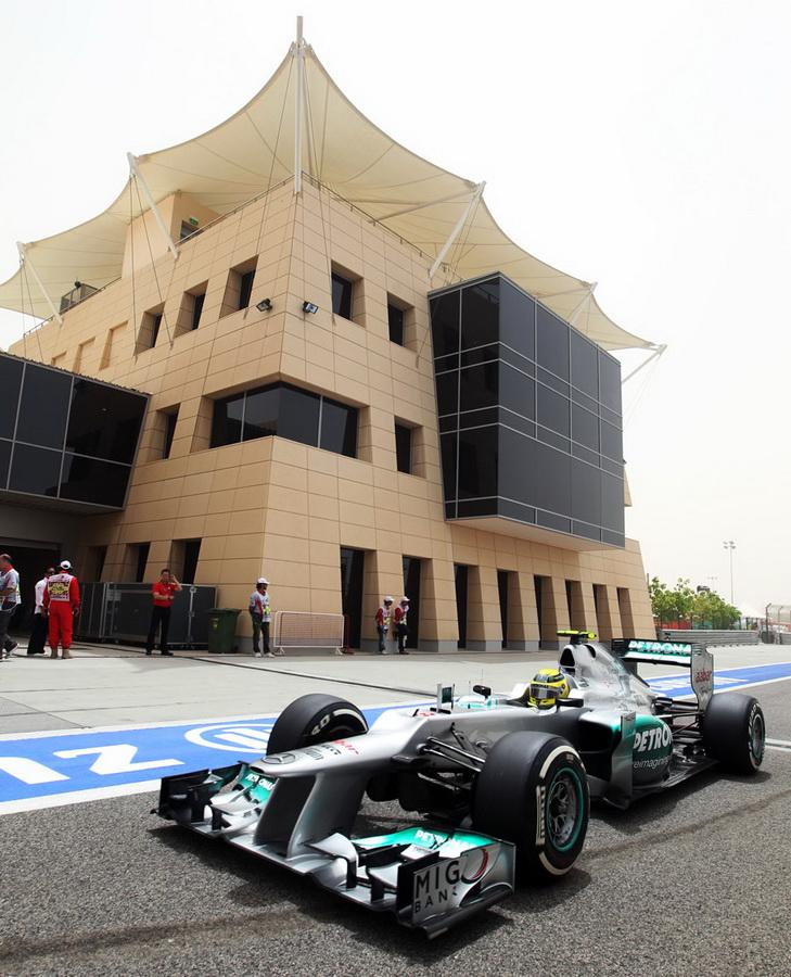 4016 За кадром Гран При Бахрейна 2012