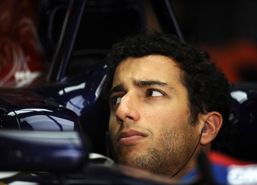 4177 За кадром Гран При Бахрейна 2012