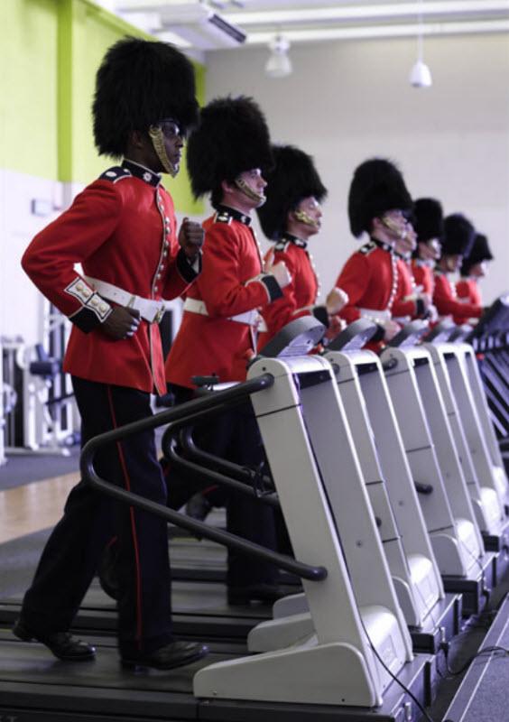 4208 Лондонские гвардейцы готовятся к Олимпиаде