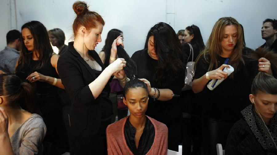 426 За кулисами нью йоркской недели моды сезона осень 2012