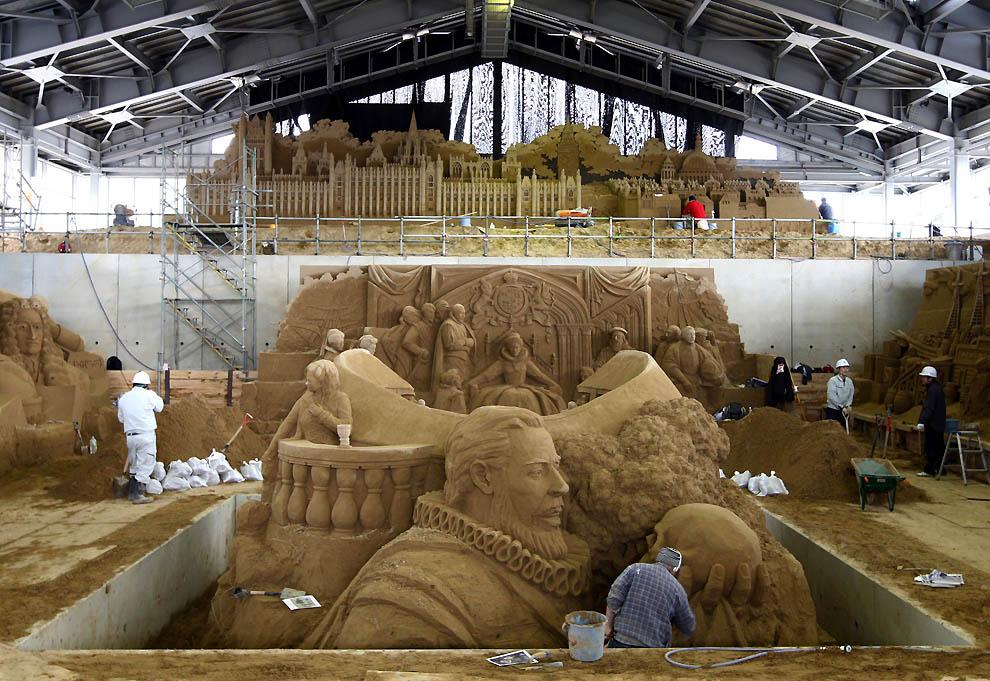 438 Выставка песочных скульптур на дюне Тоттори
