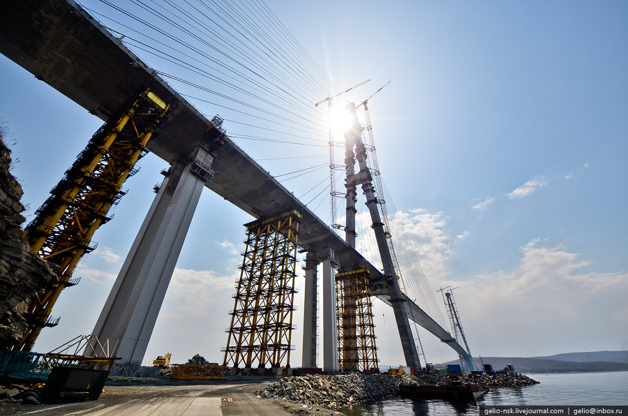 4615 Мост на остров Русский во Владивостоке (Апрель 2012)