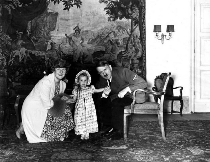 463 Жизнь Адольфа Гитлера в фотографиях
