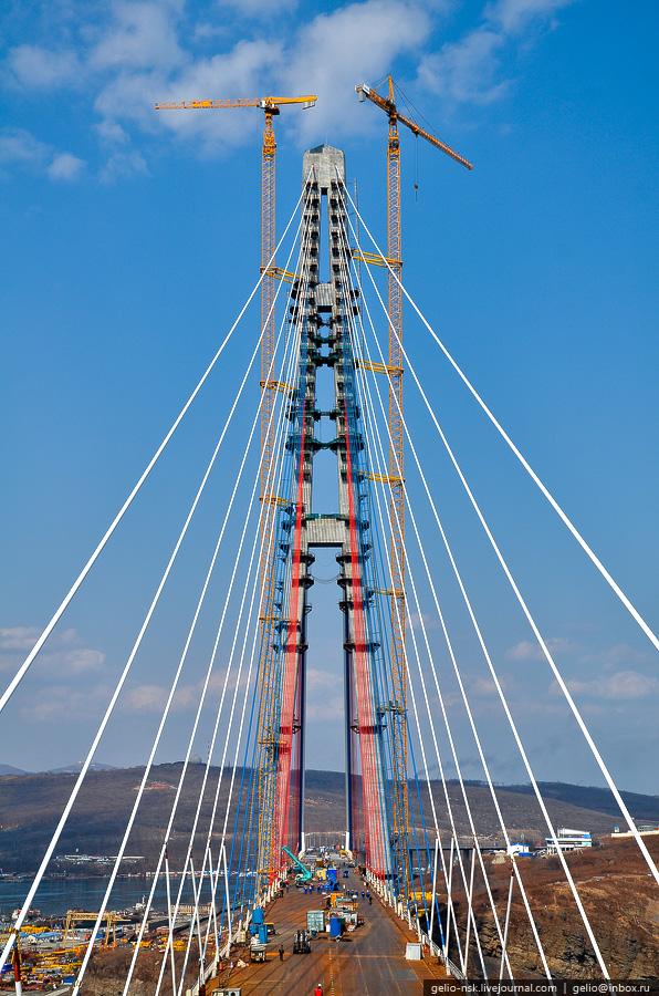 4715 Мост на остров Русский во Владивостоке (Апрель 2012)