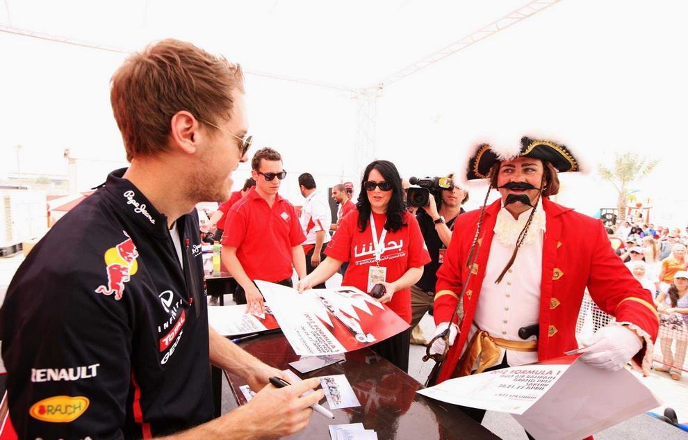 4716 За кадром Гран При Бахрейна 2012