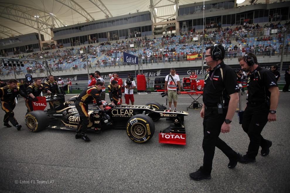 4915 За кадром Гран При Бахрейна 2012