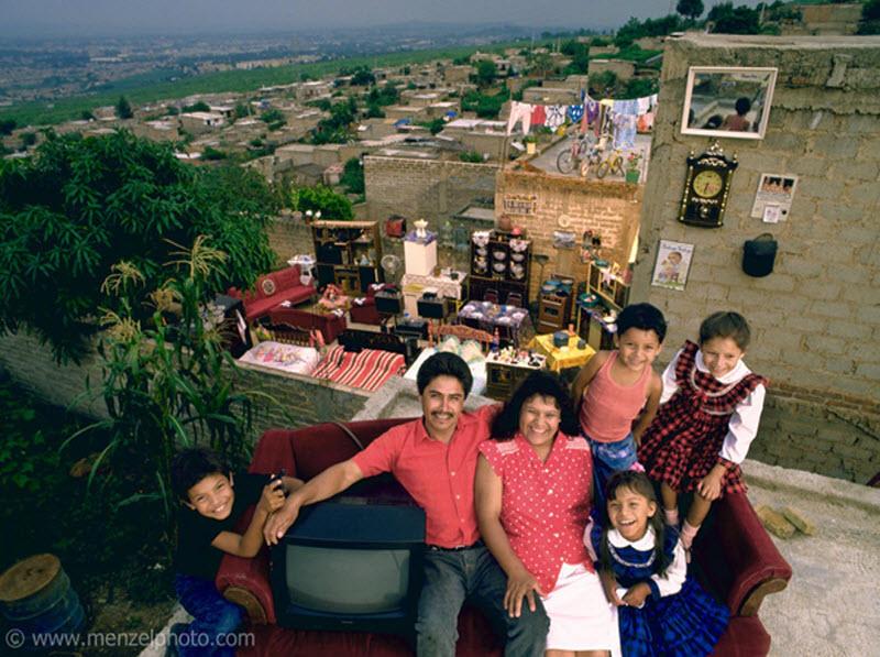 5186 Материальный мир: глобальный семейный портрет