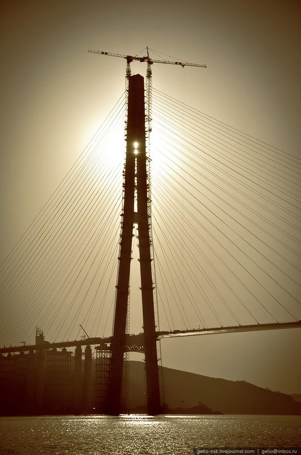 5414 Мост на остров Русский во Владивостоке (Апрель 2012)