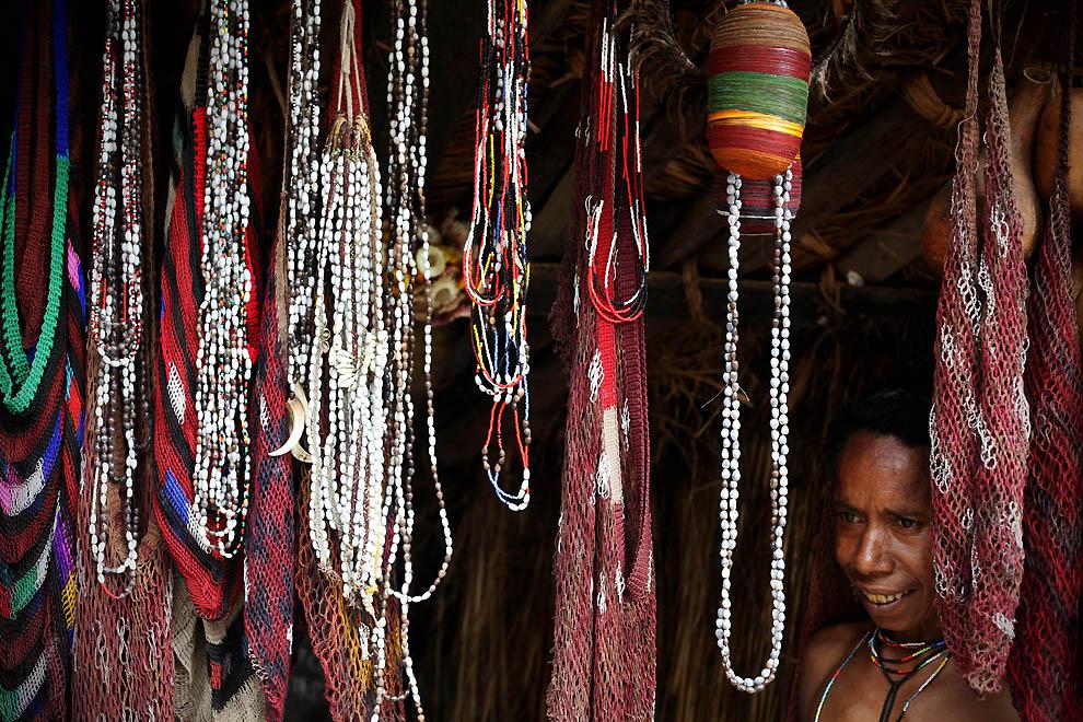 6106 Племя Дани из Западной Папуа