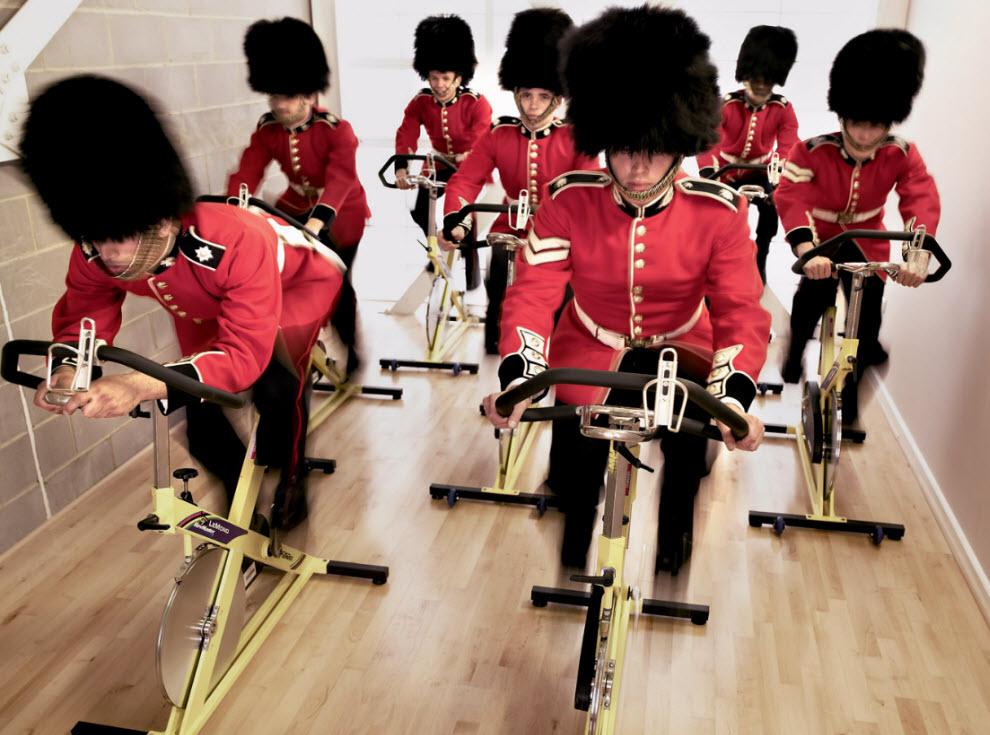 6180 Лондонские гвардейцы готовятся к Олимпиаде
