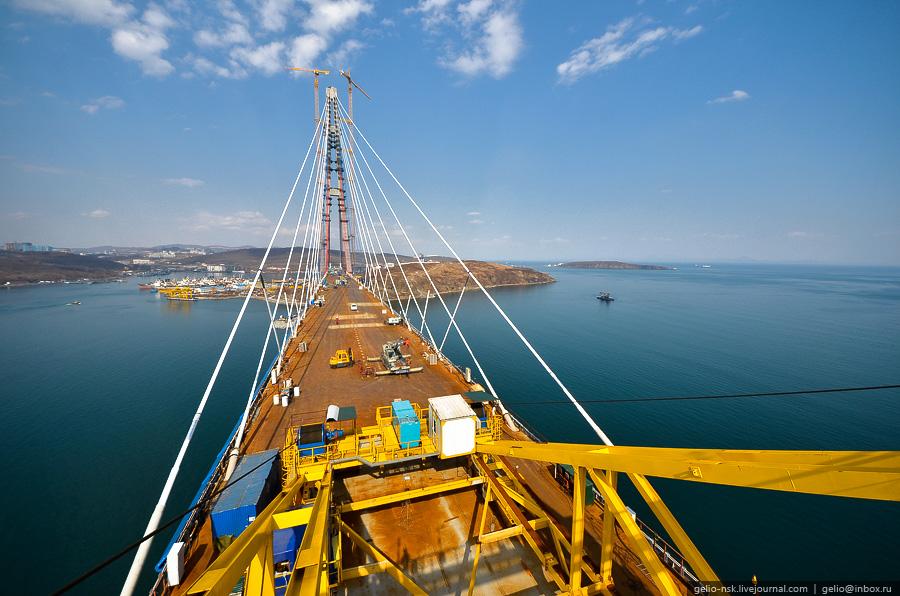 7131 Мост на остров Русский во Владивостоке (Апрель 2012)