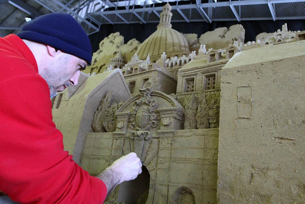 730 Выставка песочных скульптур на дюне Тоттори