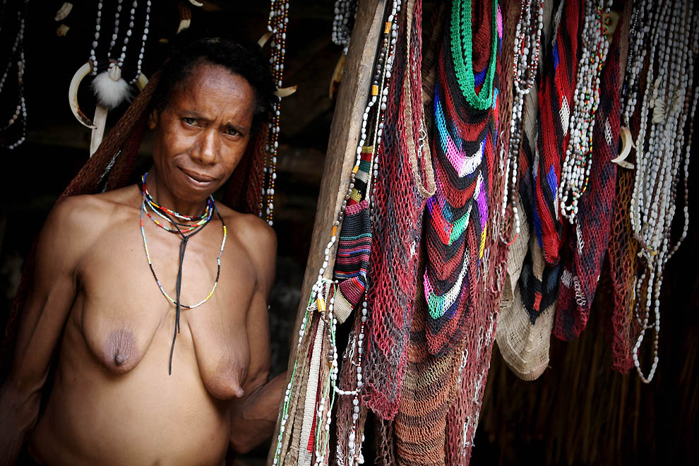 798 Племя Дани из Западной Папуа