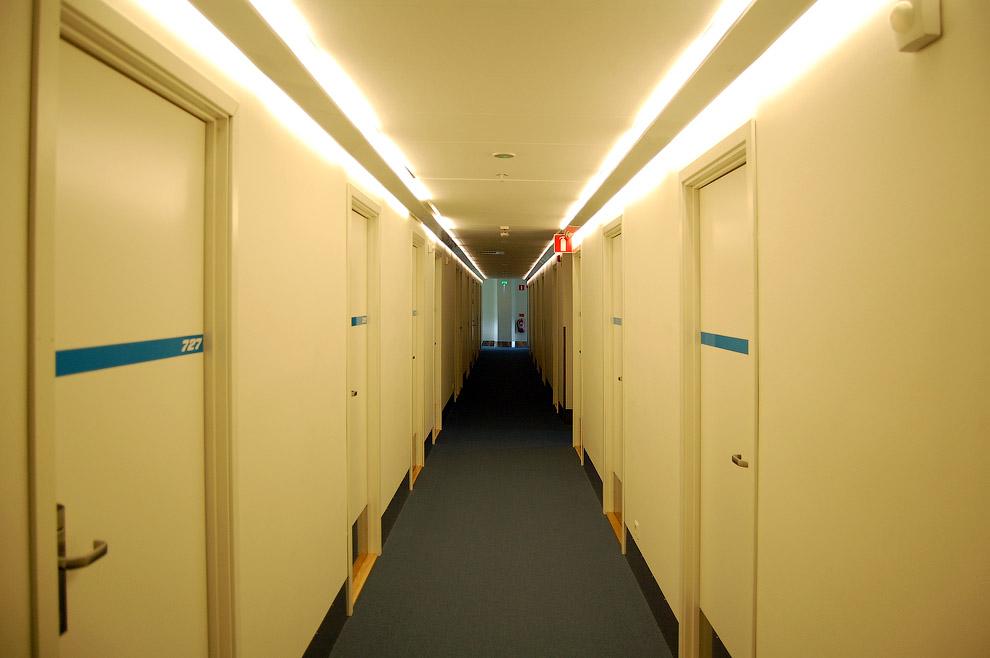 8107 Отель в самолете