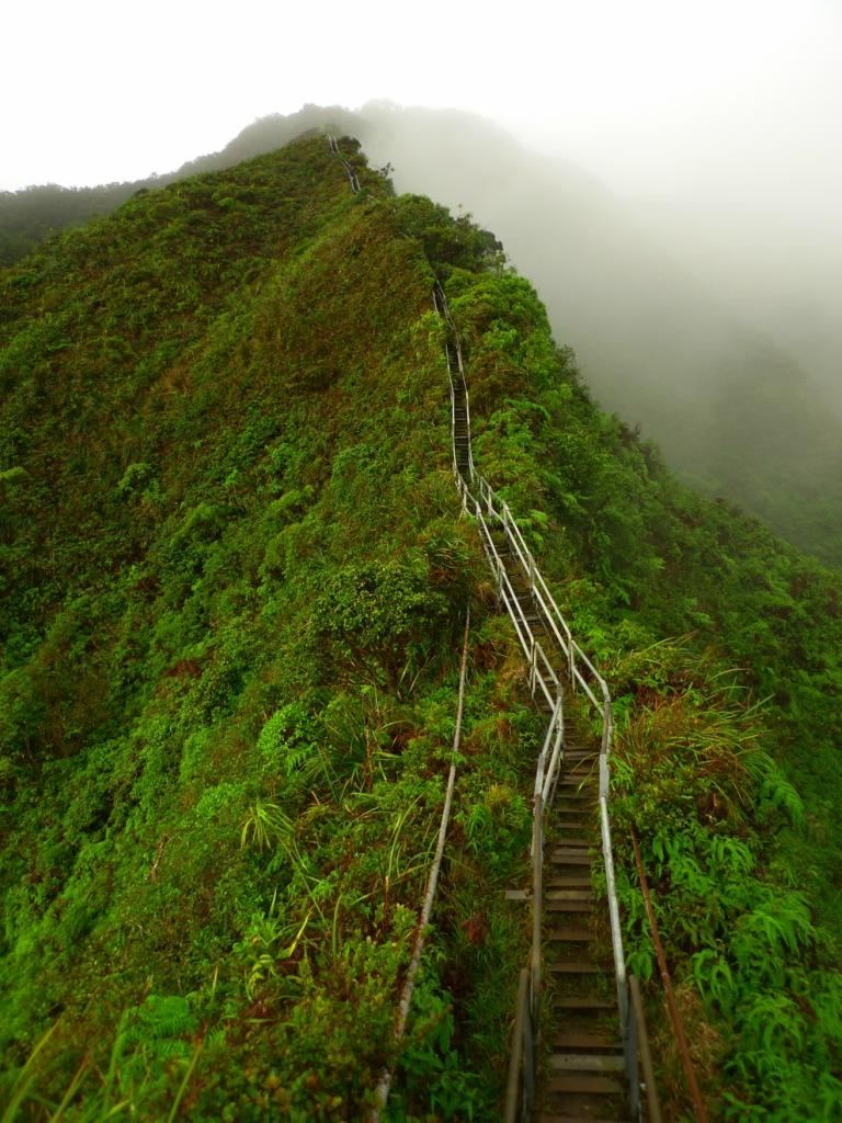 8120 Лестница Хайку на Гаваях