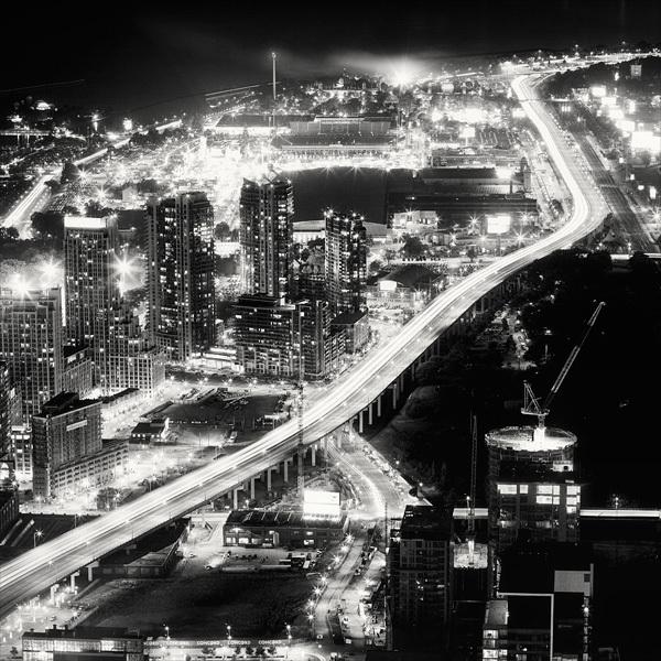 814 Черно белая красота больших городов