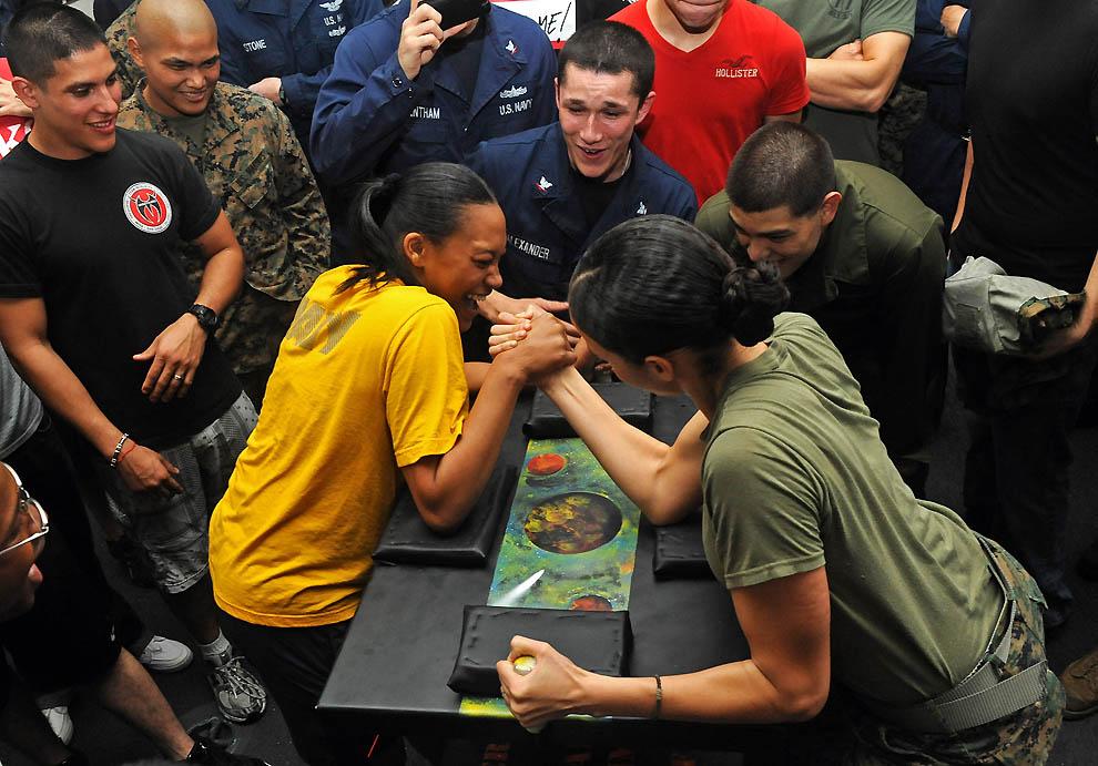 883 Женщины в американской армии