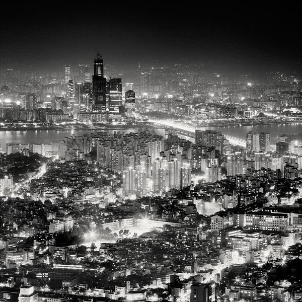 914 Черно белая красота больших городов