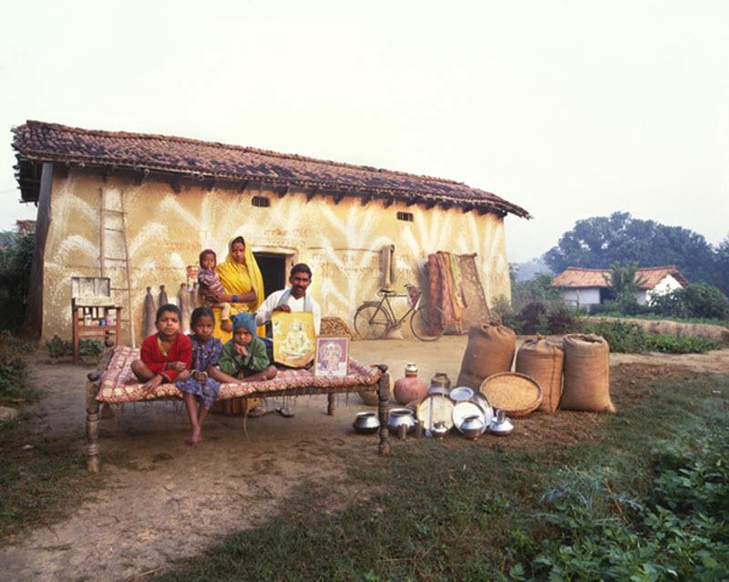 9150 Материальный мир: глобальный семейный портрет