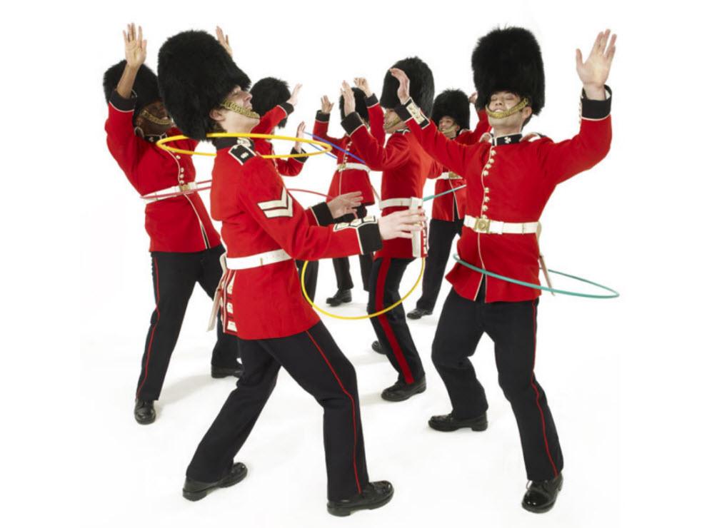 9156 Лондонские гвардейцы готовятся к Олимпиаде