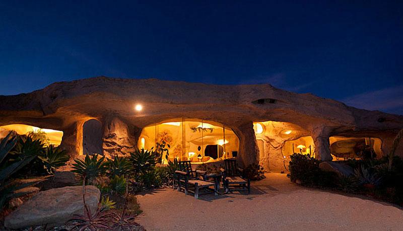 Flintstone Style House in Malibu2 Дом Флинстоунов в Малибу выставлен на продажу