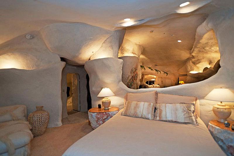 Flintstone Style House in Malibu5 Дом Флинстоунов в Малибу выставлен на продажу