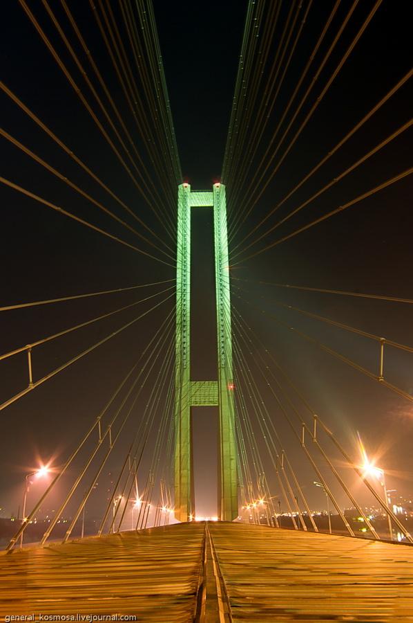 bridge04 Туманный рассвет над Киевом на высоте 136 метров