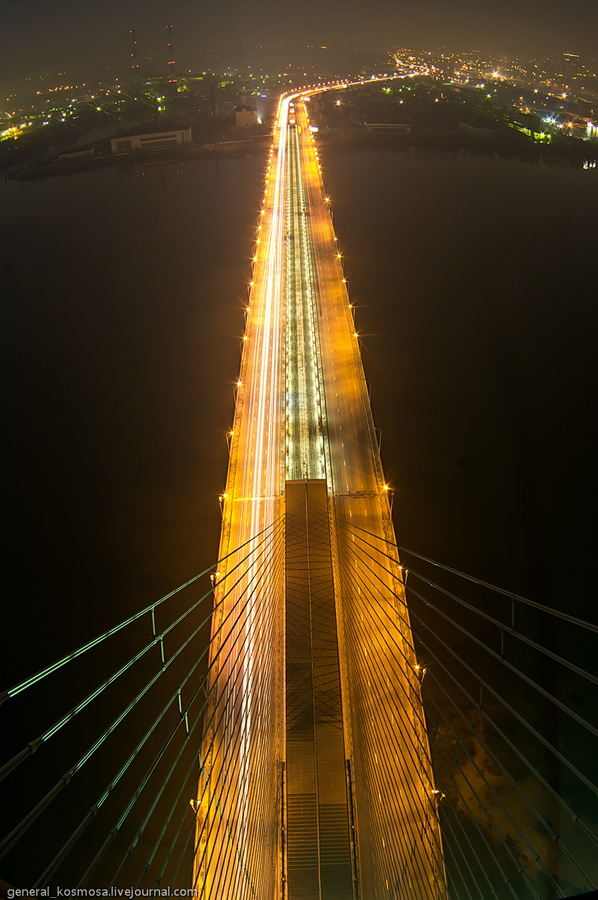 bridge05 Туманный рассвет над Киевом на высоте 136 метров