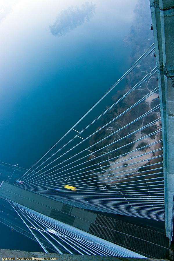 bridge09 Туманный рассвет над Киевом на высоте 136 метров
