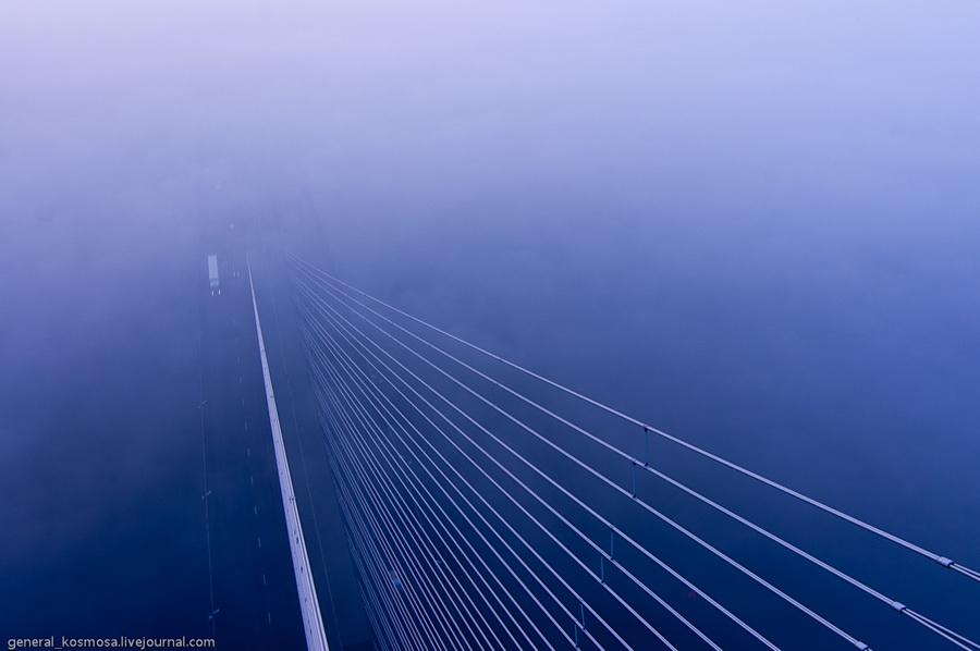 bridge12 Туманный рассвет над Киевом на высоте 136 метров