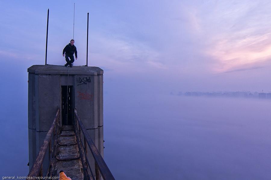 bridge13 Туманный рассвет над Киевом на высоте 136 метров