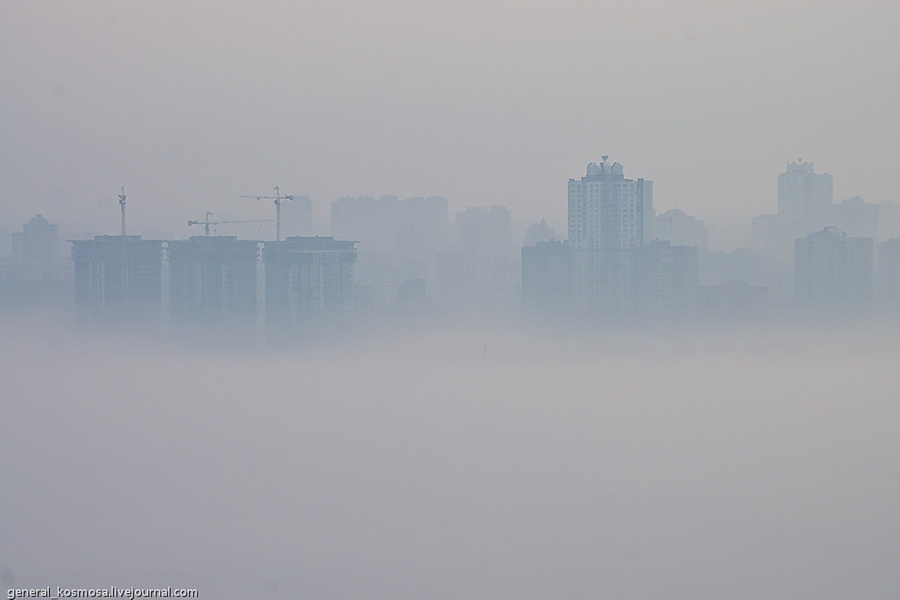 bridge16 Туманный рассвет над Киевом на высоте 136 метров