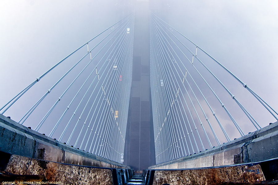 bridge20 Туманный рассвет над Киевом на высоте 136 метров