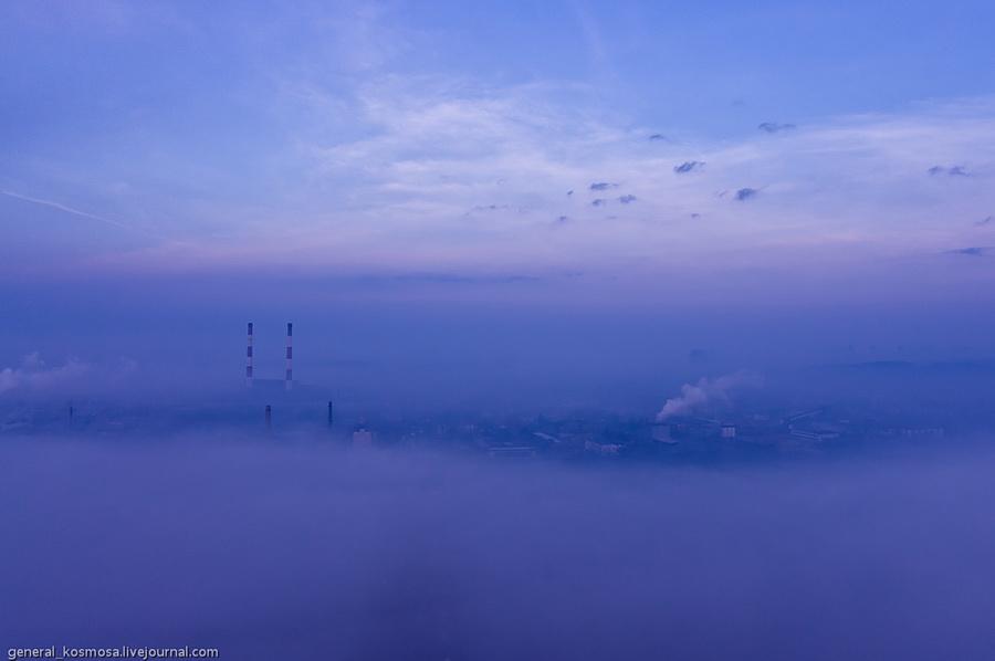 bridge21 Туманный рассвет над Киевом на высоте 136 метров