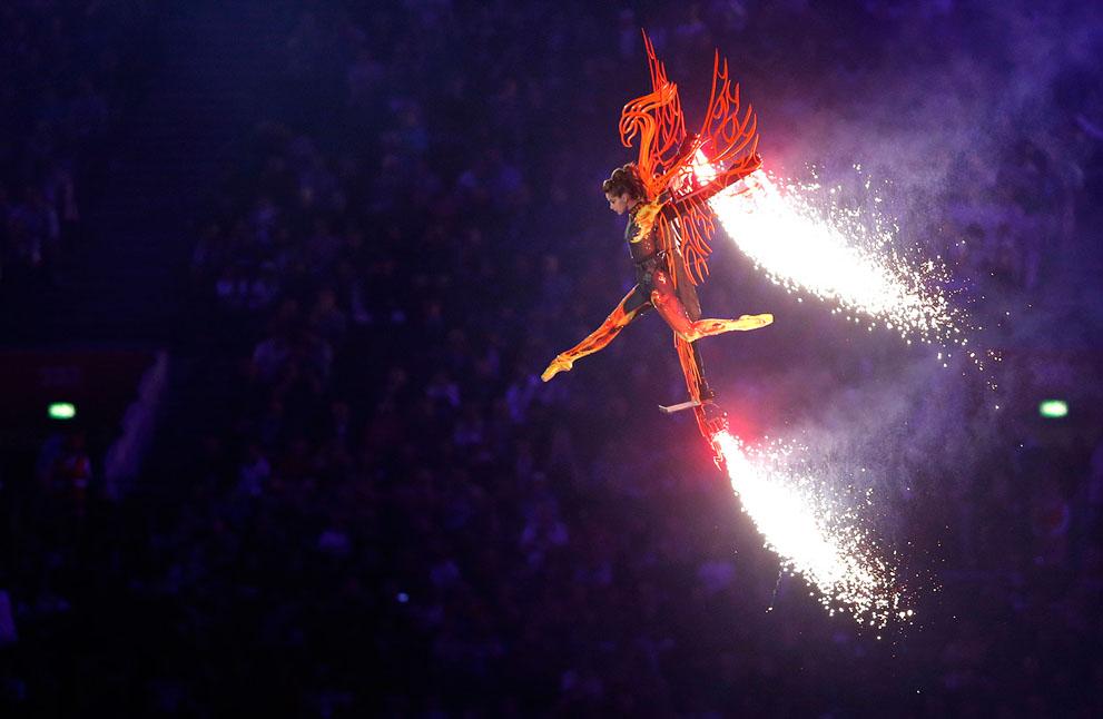 olympics01 Красочная церемония закрытия Олимпийских игр 2012 в Лондоне