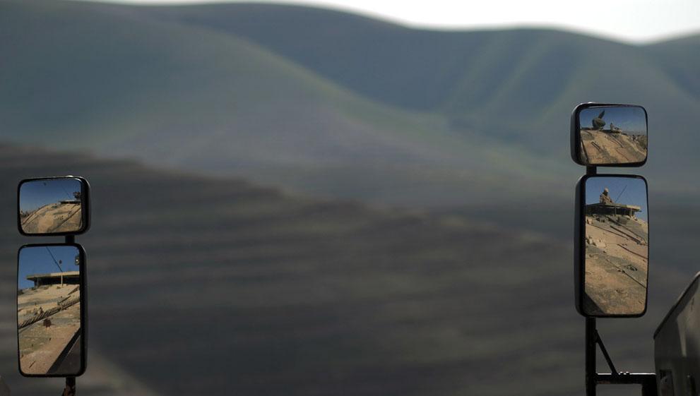s a18 42004952 Афганистан март 2012