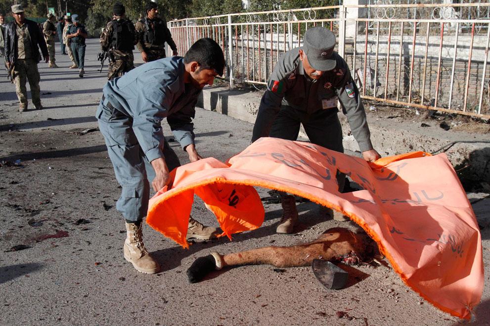 s a33 05124287 Афганистан март 2012