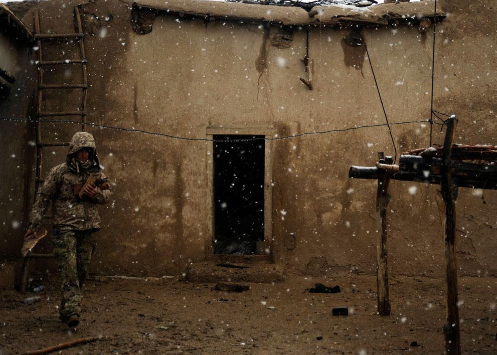 s a36 00542403 Афганистан март 2012