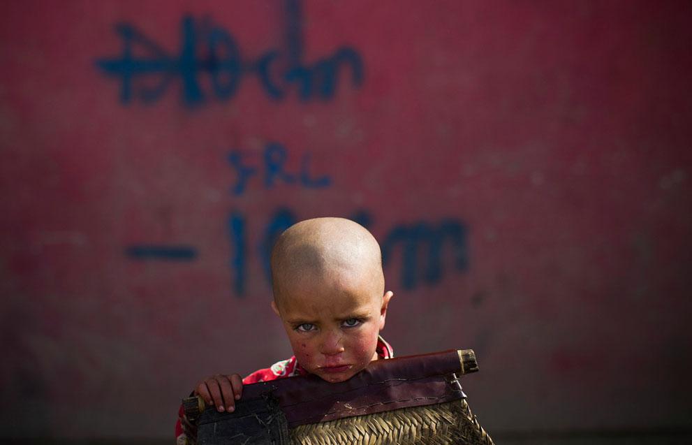 s a39 03124727 Афганистан март 2012