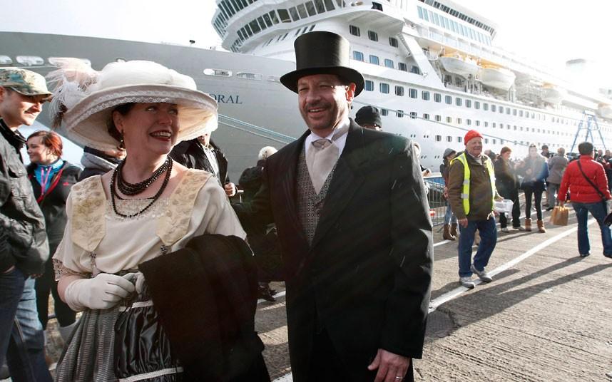 titanic01 Мемориальный круиз по маршруту Титаника